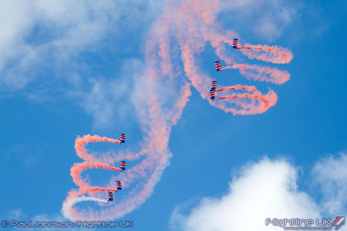 AIRSHOW NEWS: RAF Falcons Parachute Display Team 2016 Display Dates