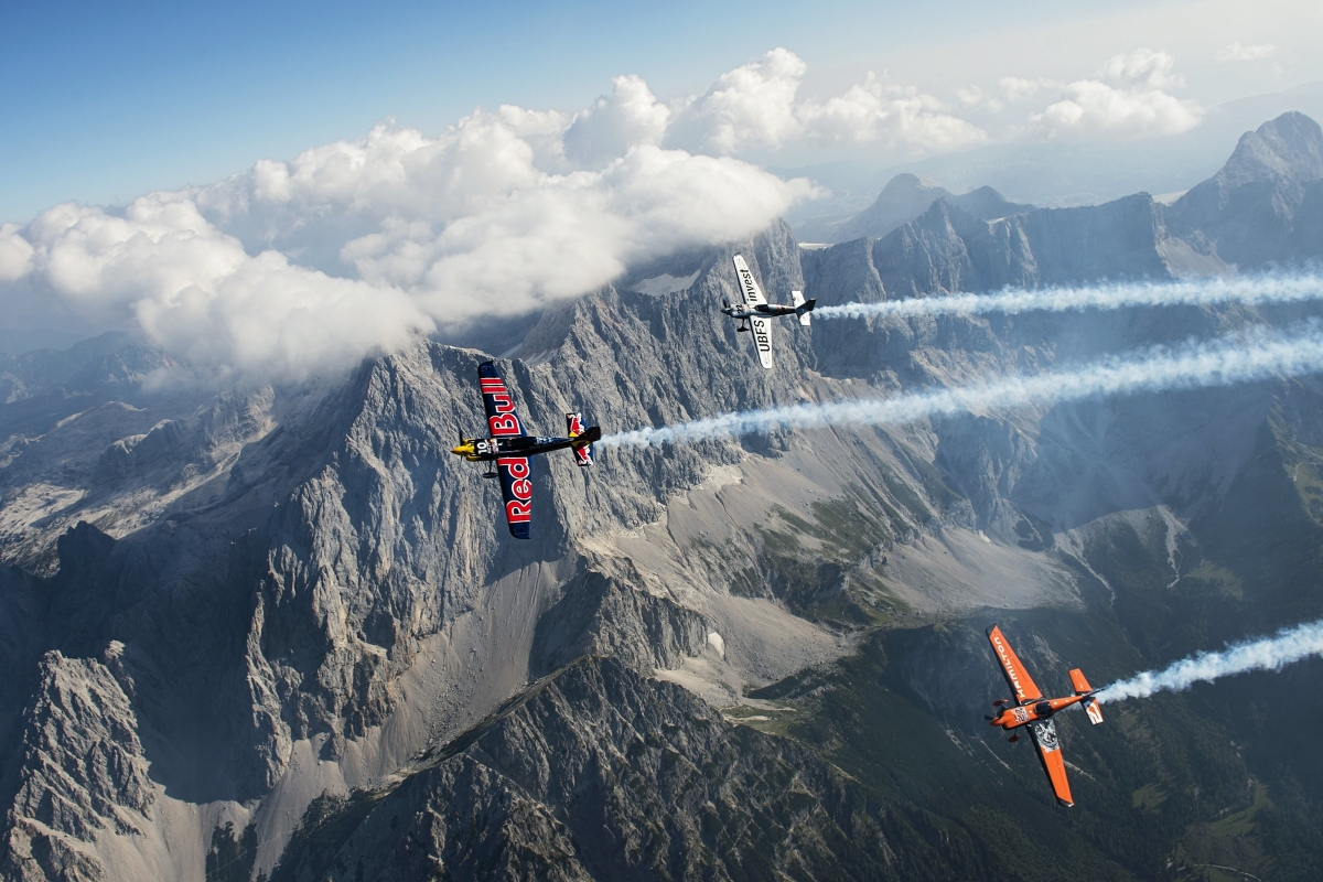 "RED BULL AIR RACE: Pilots get ""massif"" thrill ahead of race in Spielberg, Austria"
