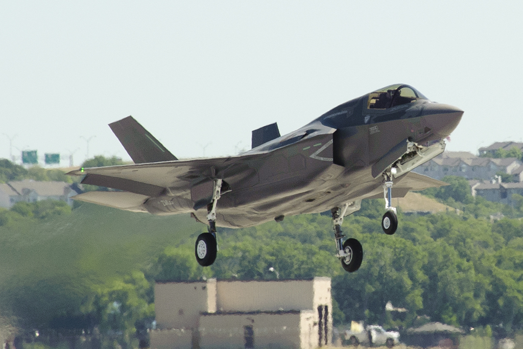 AIRSHOW NEWS: F-35 jets headed to UK air shows this summer (from Reuters)