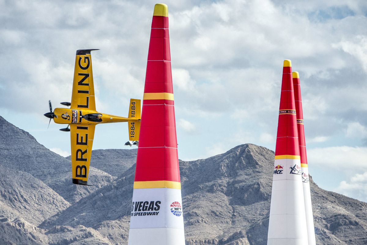 RED BULL AIR RACE: Las Vegas will say hello to two new Air Racing champions, and goodbye to one of the greats, on 15-16 October