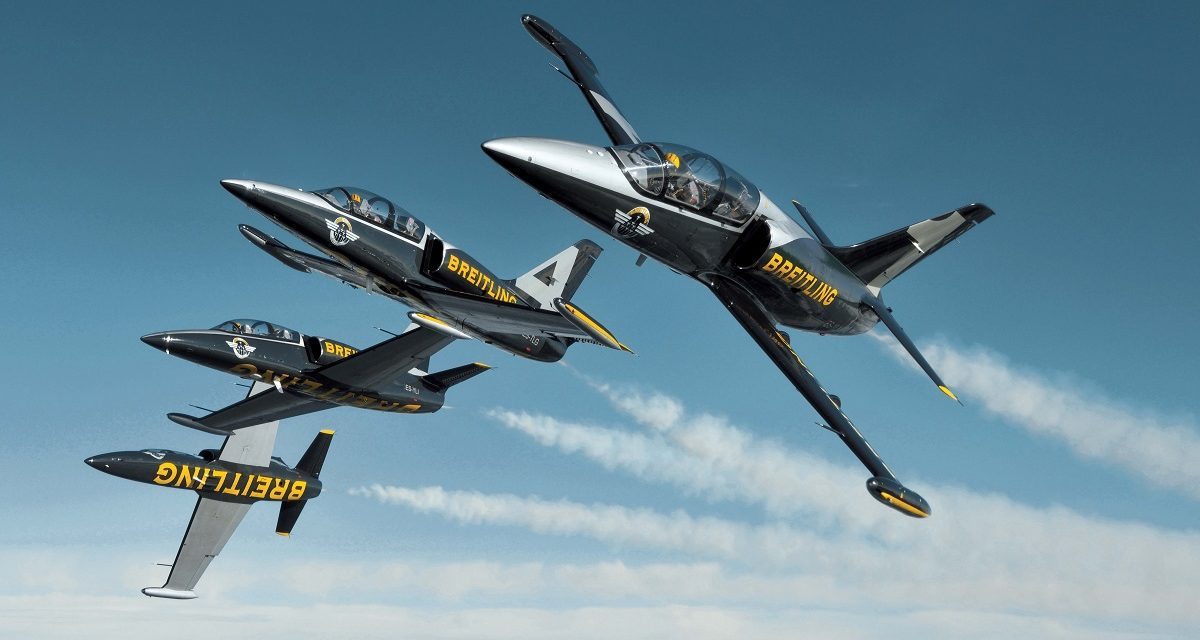 airshow news the breitling jet team a perfect partnership flies into the future uk airshow. Black Bedroom Furniture Sets. Home Design Ideas