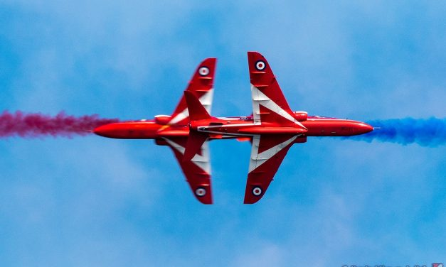 AIRSHOW NEWS: Prime time slot for Red Arrows as Haven Great Yarmouth Air Show flying times announced