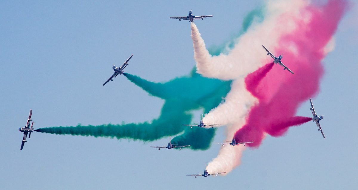 AIRSHOW NEWS: Air Tattoo turns the sky red, white and green with exhilarating flying display