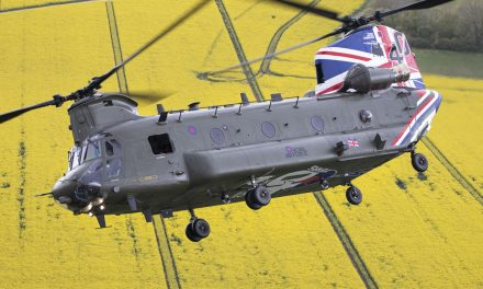 AIRSHOW NEWS: RAF Chinook helicopter celebrates 40th Anniversary with new colour scheme